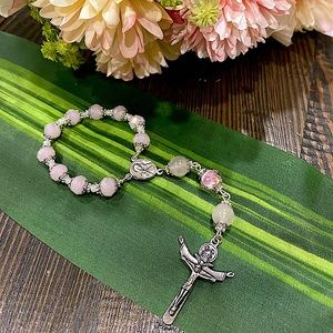🎗Pink crystals w/glass bead Single Decade Rosary